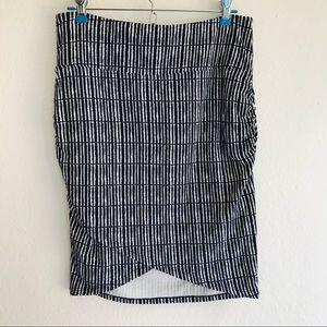 Athleta Printed Kickback Skirt Size S